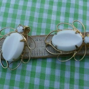 Vintage Clip On Earrings White w Gold Toned Metal